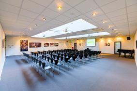 symposium organiseren Podium voor kunst