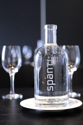 Vergadering organiseren fles water