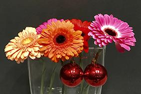 kerstballen, bloemen, decoratie